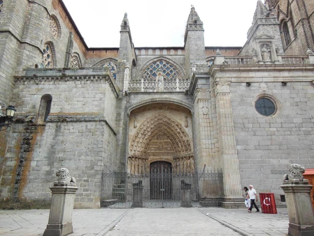 ¿Qué ver en Ávila en un día? La Catedral