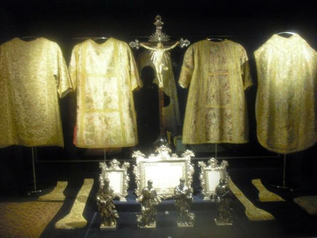 Elementos del Tesoro de la Catedral de Oporto