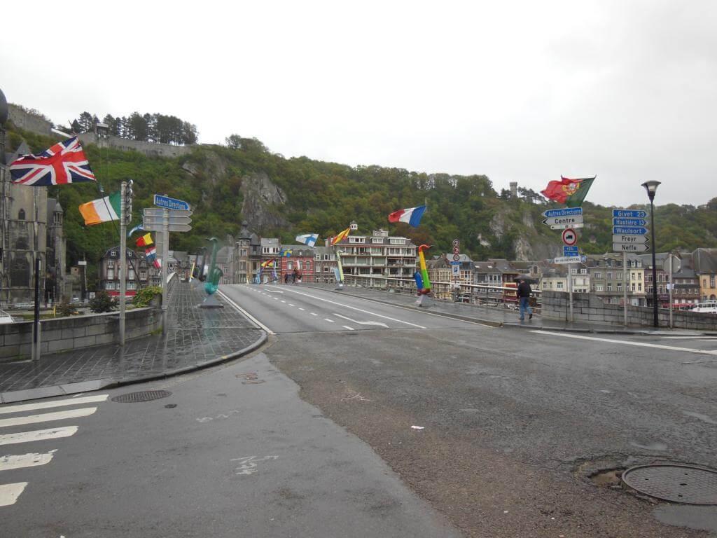 Puente Charles De Gaulle o de los Saxofones