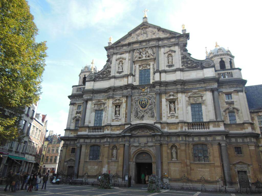 St. Carolus Borromeuskerk (Iglesia de San Carlos de Borromeo)