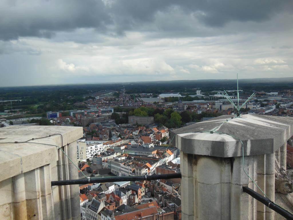 Vistas de Malinas desde la Torre de San Rumoldo