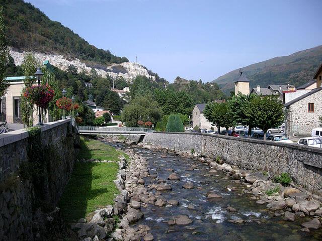 Río Oriége a su paso por Ax-les-Thermes