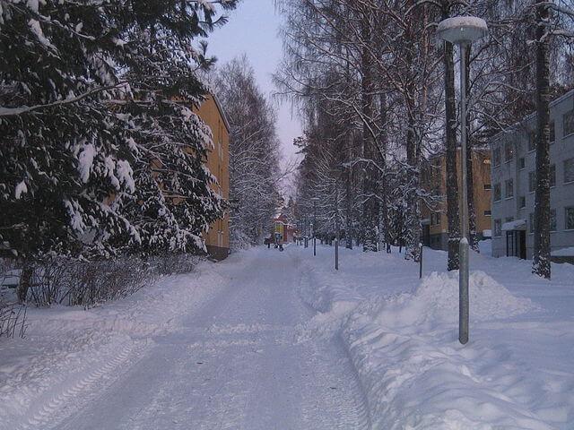 Calles de la ciudad en invierno @wikimedia