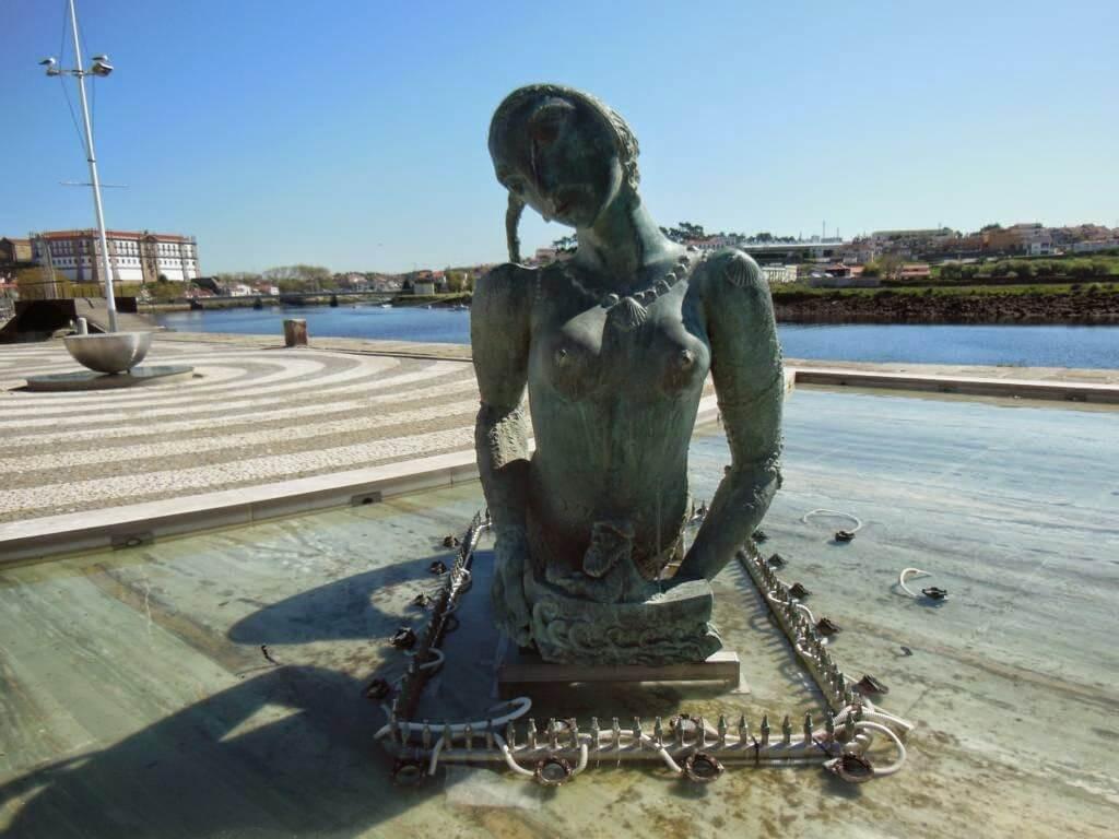 Estatua de la sirena