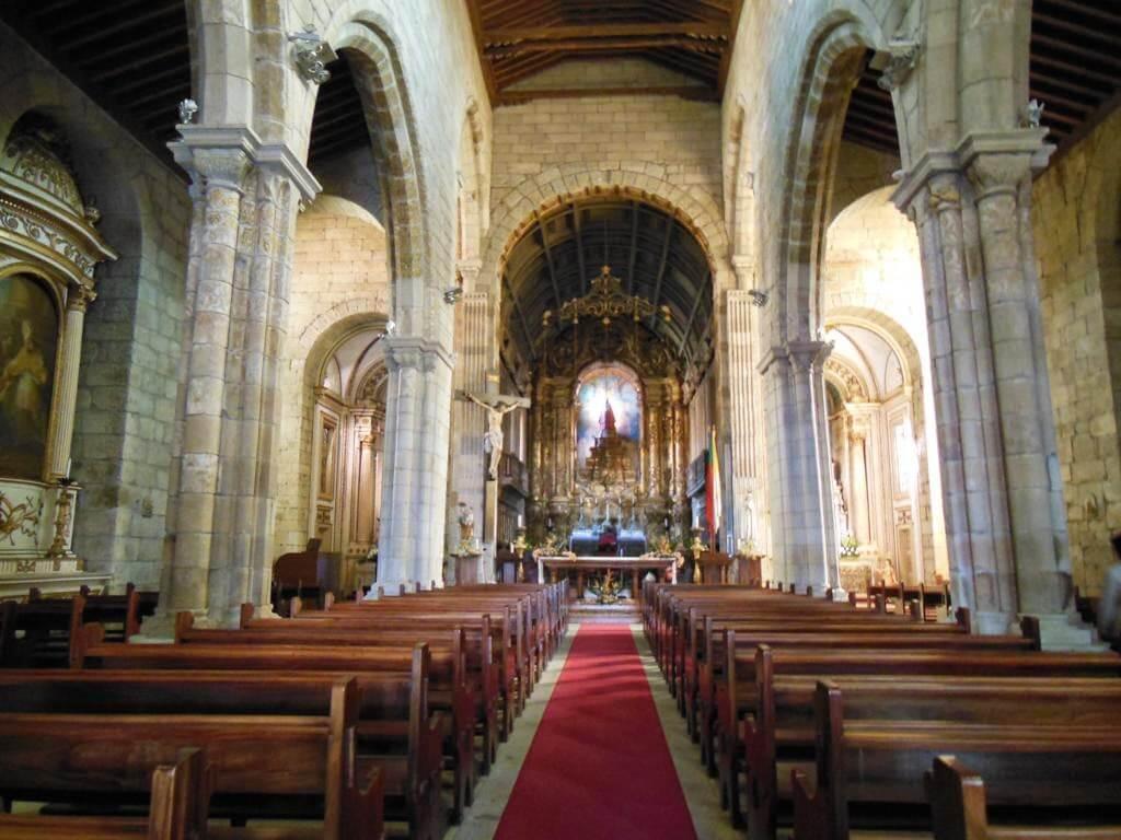Igreja de Nossa Senhora da Oliveira (Iglesia de Nuestra Señora de Oliveira)