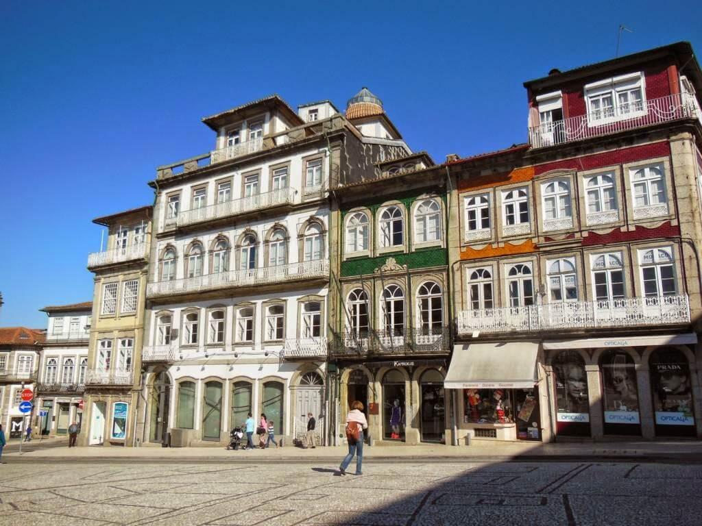 Plaza Largo do Toural (Plaza Toural)