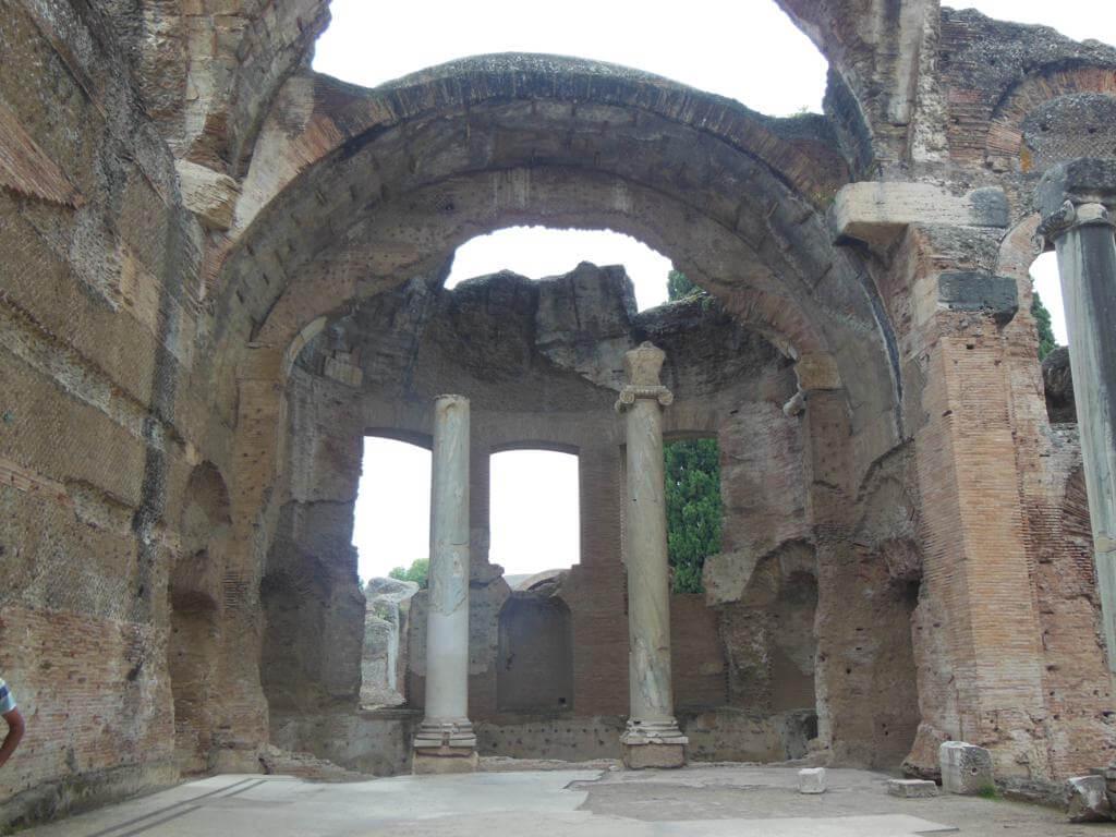 Ruinas que veremos en Villa Adriana y Villa del Este en un día