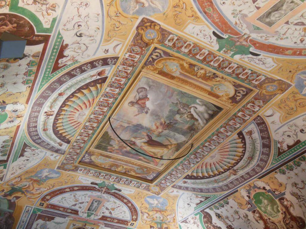 Frescos en los techos de las estancias