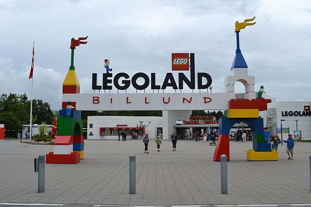 ¿Qué ver en Billund? Legoland by @wikimedia
