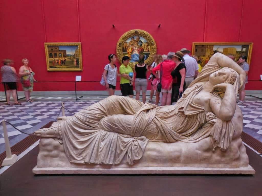 Escultura Arianna Medicea en la Galería Uffizi de Florencia