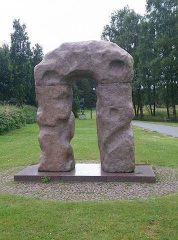 Escultura en Billund by @wikimedia