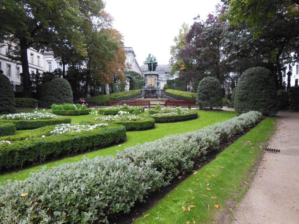 Parc du Palais d'Egmont es uno de los parques más bonitos de Bruselas