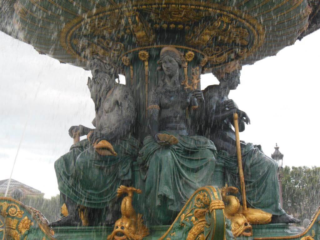 Fuente de los Mares (Fontaine des Mers)