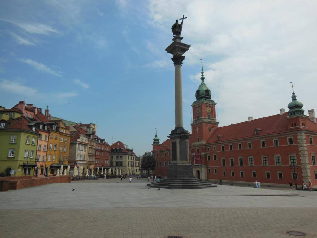 Plaza Zambowy y columna de Segismundo