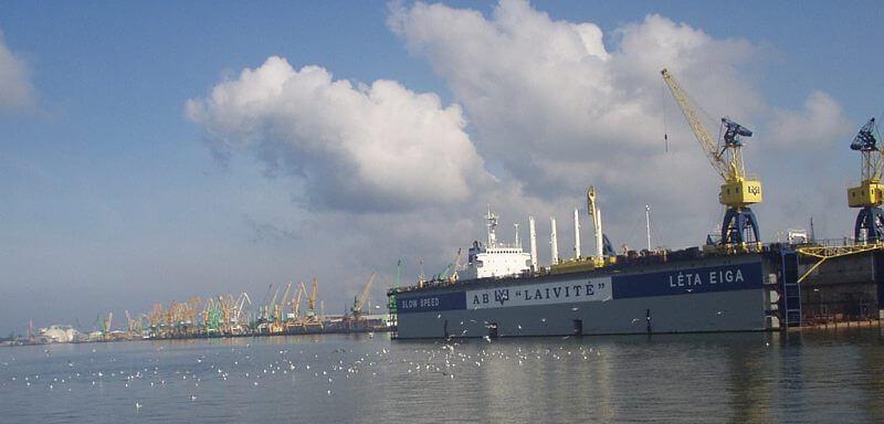 Qué ver y hacer en Klaipeda. Puerto @Wikimedia