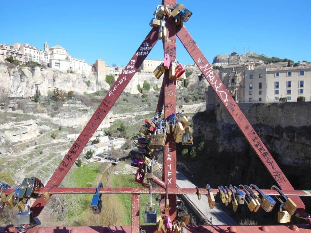 Candados en el Puente de San Pablo