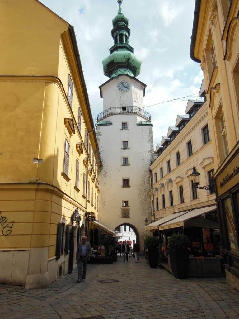 Puerta de San Miguel de Bratislava