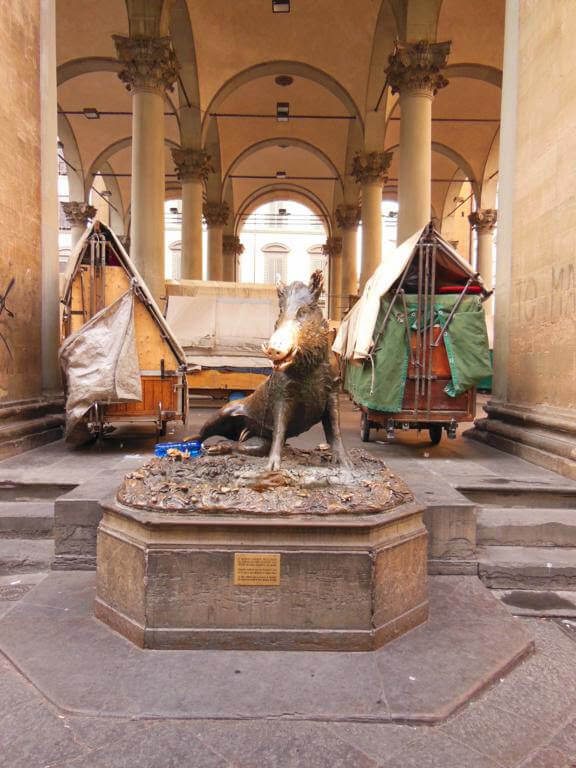 Fontana del Porcellino (el jabalí de bronce)