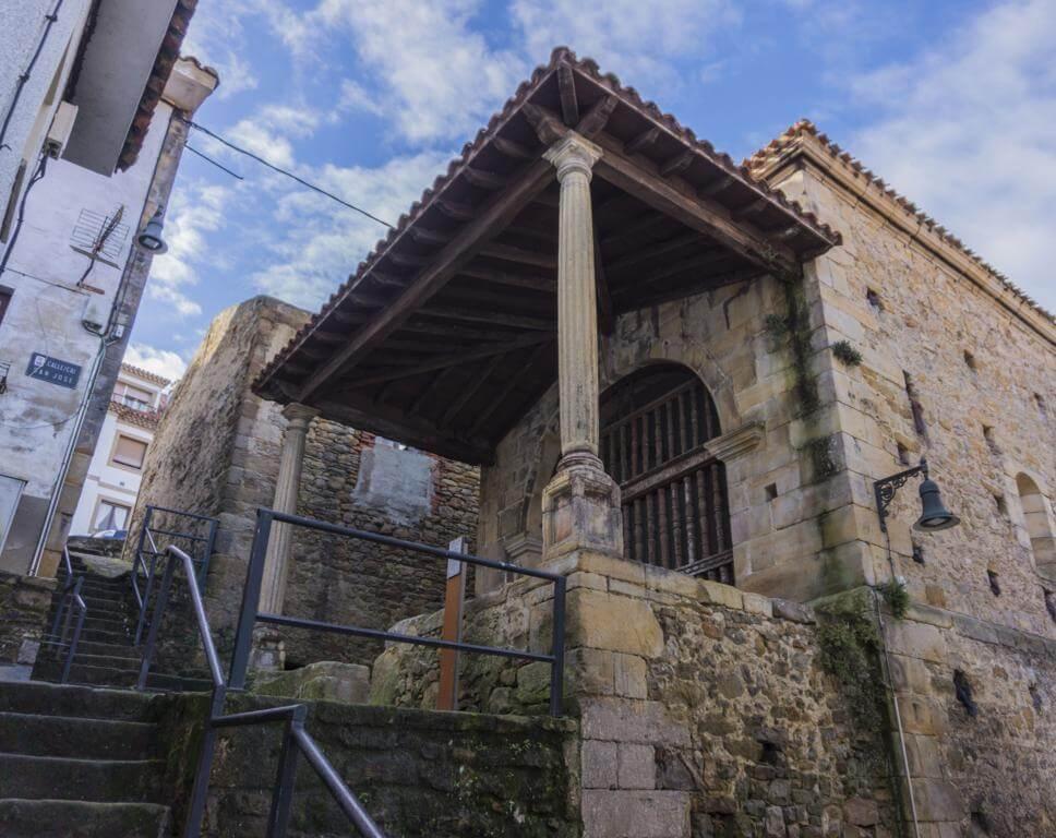 Capilla San José en Lastres.