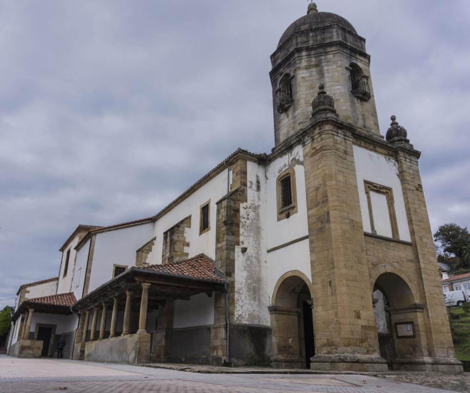 Iglesia de Santa María de Sábada.