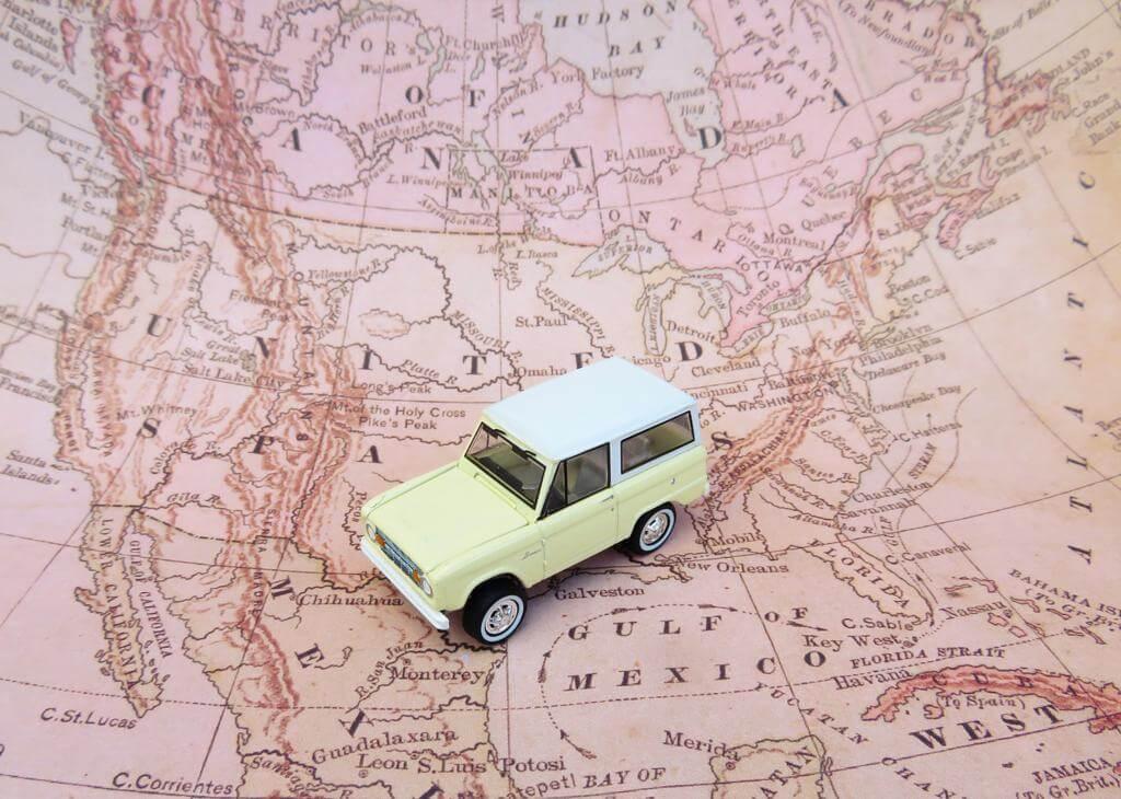 Preparar una ruta adecuada, es uno de los consejos para hacer un road trip perfecto.