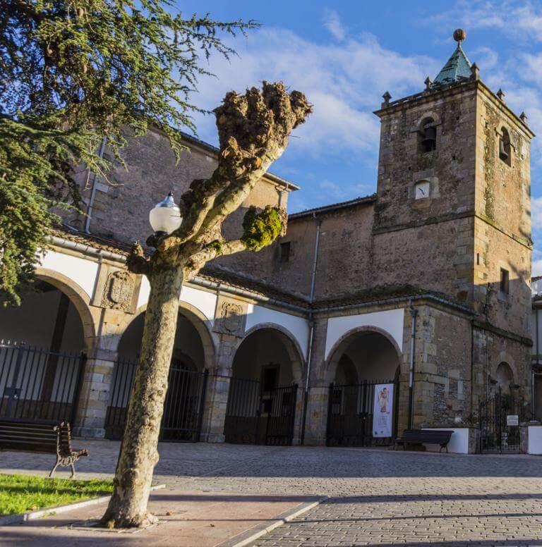 Iglesia Parroquial de Villaviciosa.