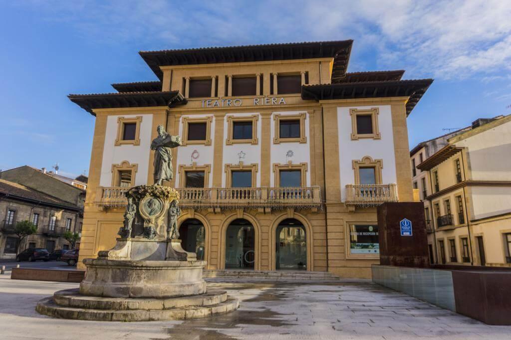 Teatro Riera.