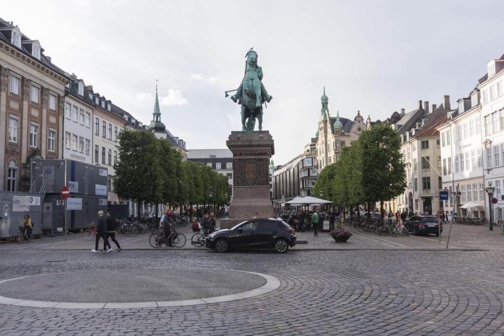 ¿Qué ver en Copenhague en 2 días? Højbro Plads.