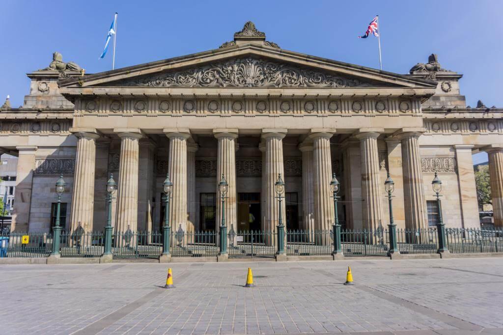¿Qué ver en Edimburgo en un día? The Royal Scottish Academy.