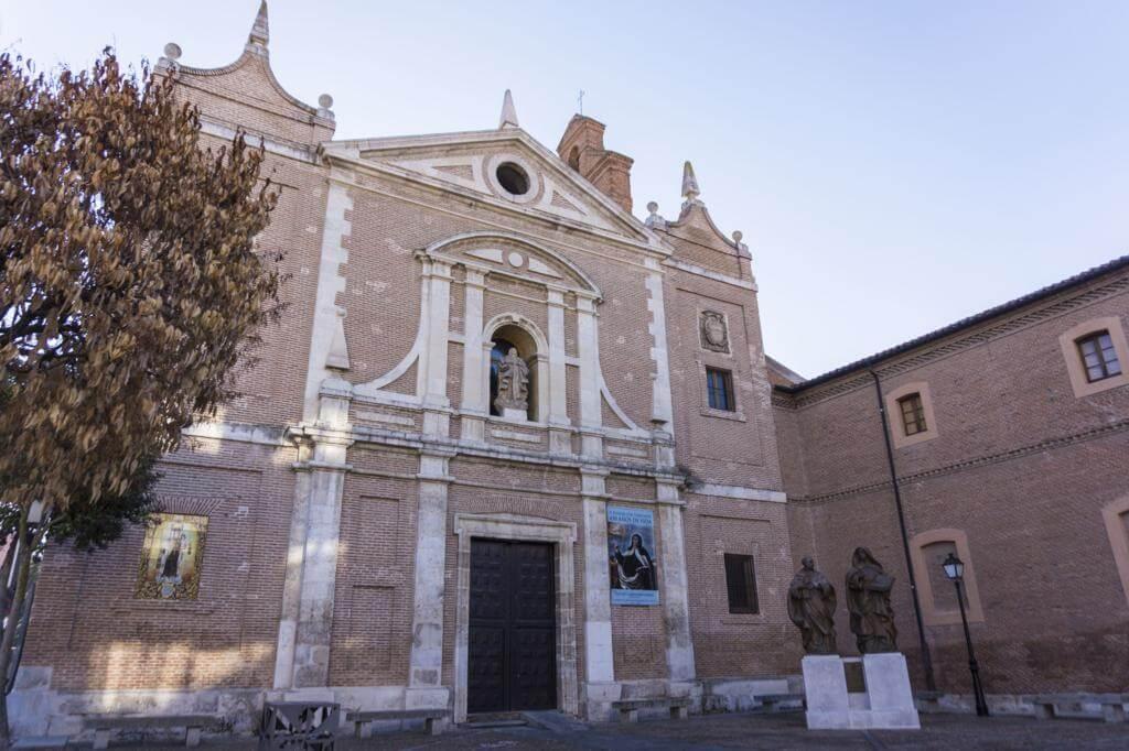 Convento de Padres Carmelitas - Iglesia de la Inmaculada Concepción.