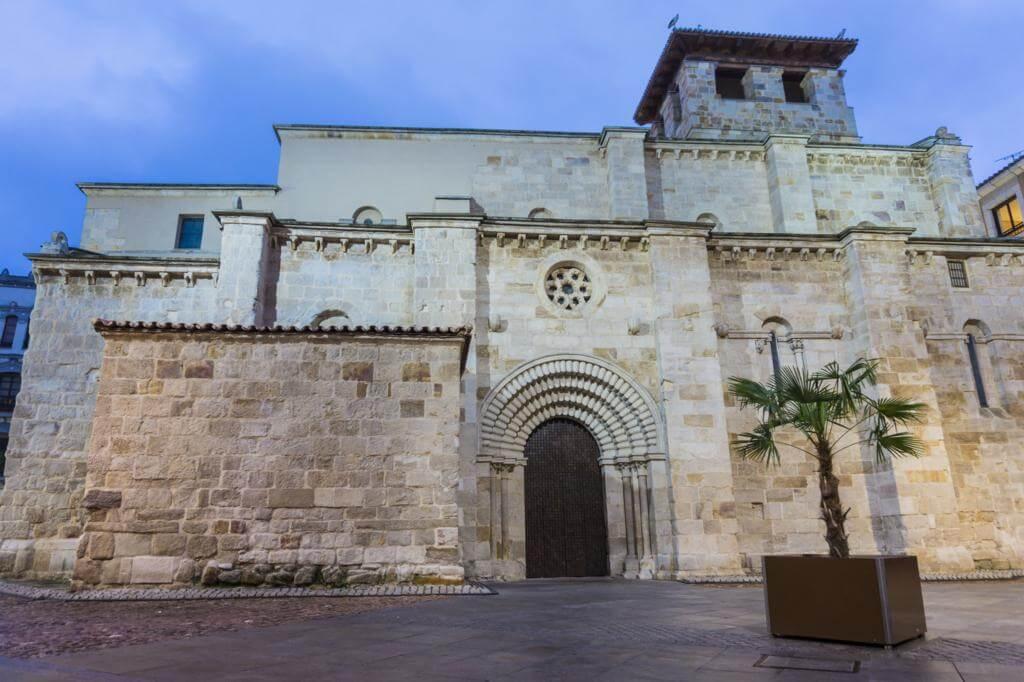 Iglesia de Santiago del Burgo.