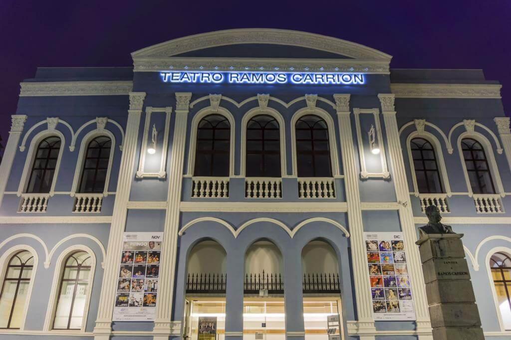 Teatro Ramos Carrión.