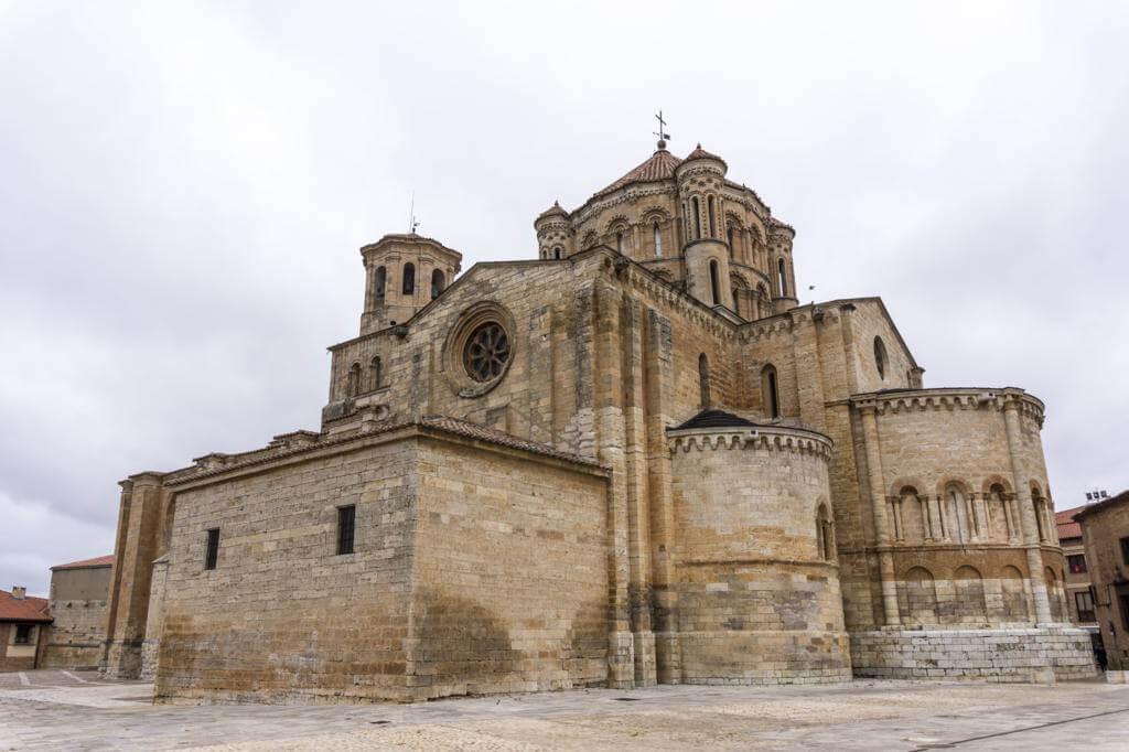 Colegiata de Santa María la Mayor.