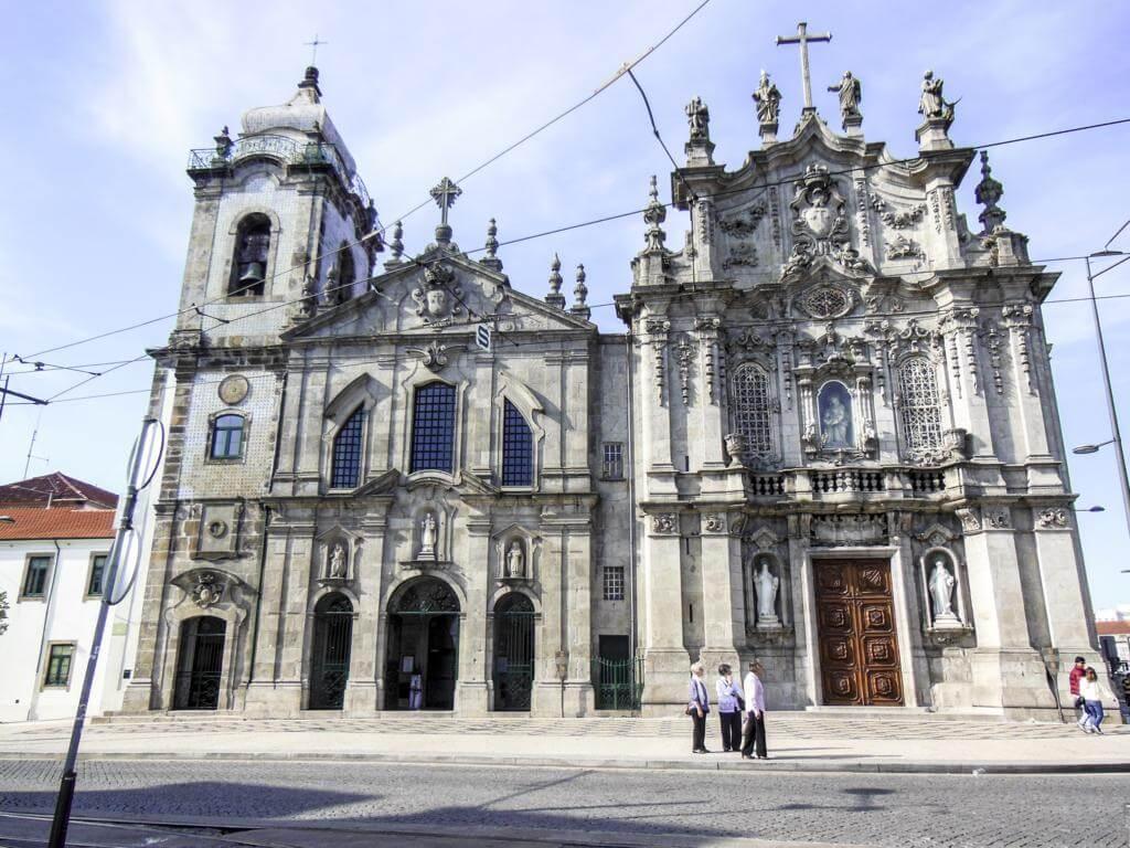 ¿Qué ver en Oporto en dos días? Iglesia del Carmo.