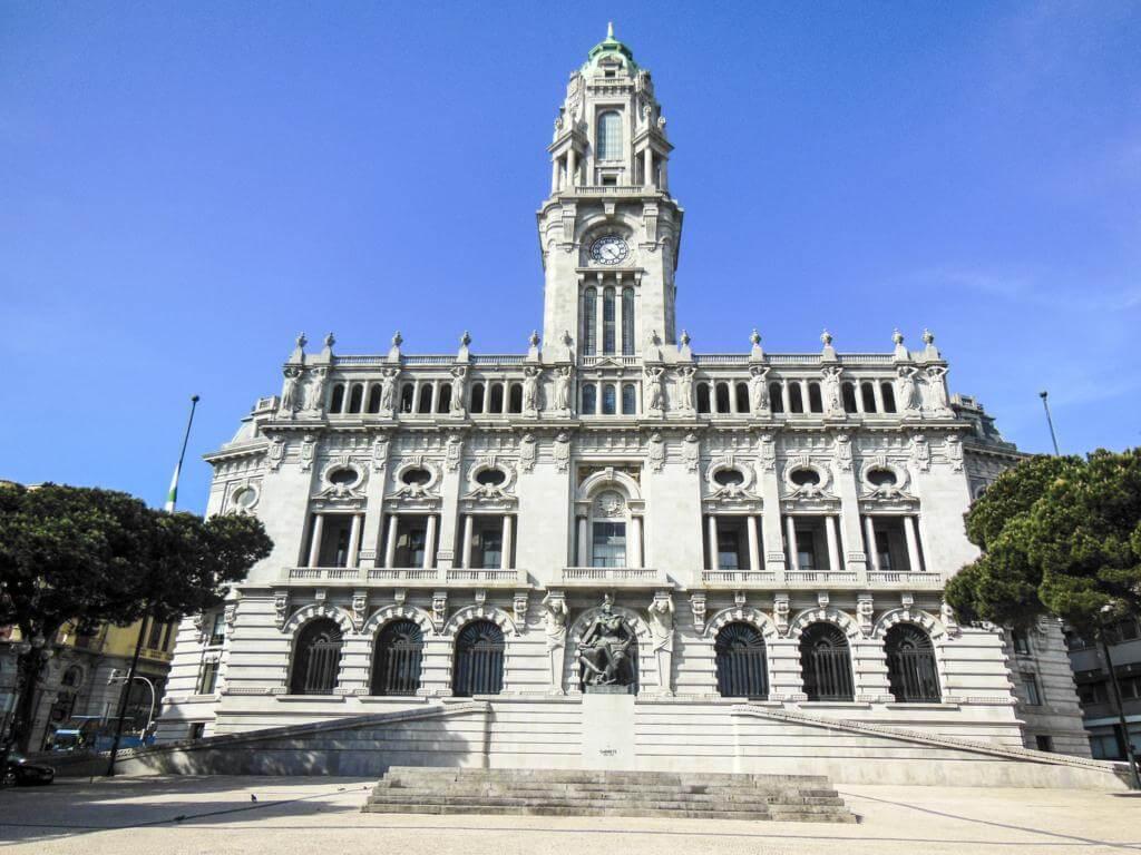 Plaza del General Humberto Delgado.