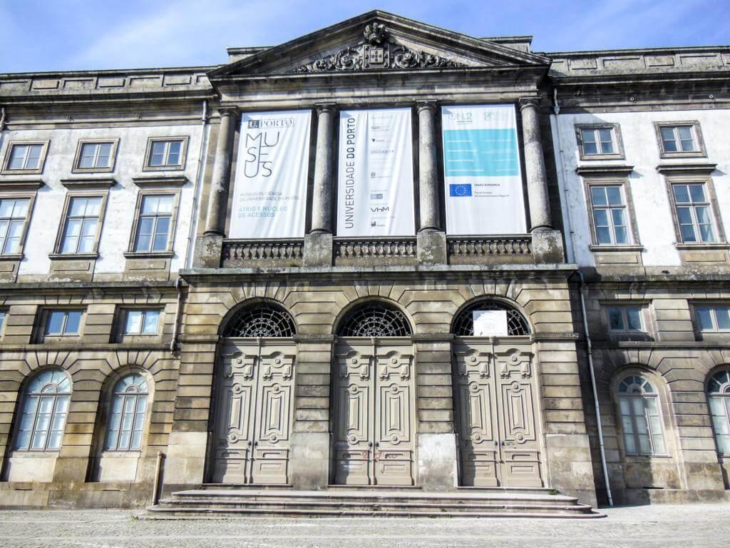 Universidad de Oporto.
