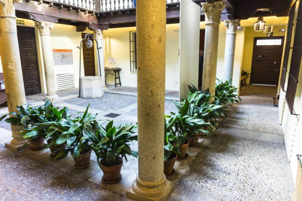 Patio de la Casa de Cervantes.