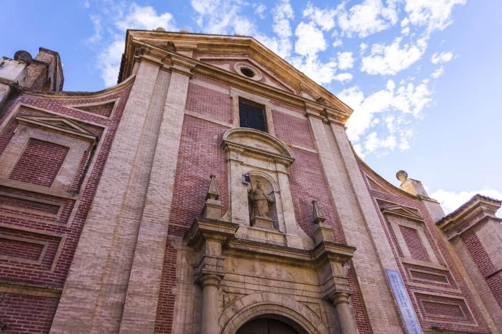 Colegio San José de Los Caracciolos.