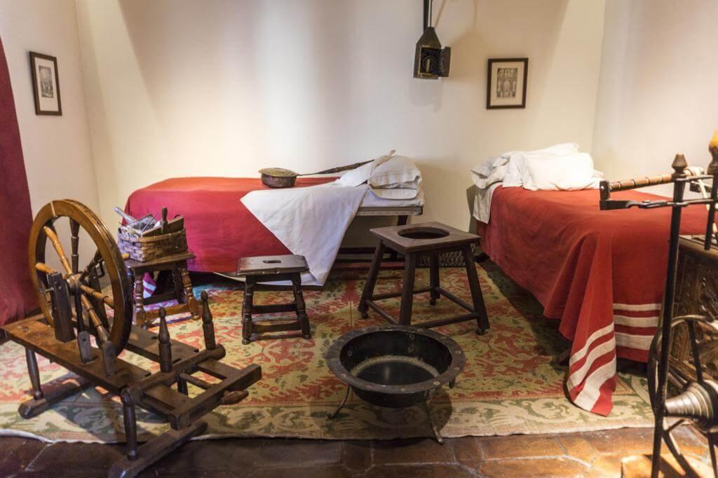 Habitación en el Museo Casa Natal de Cervantes.