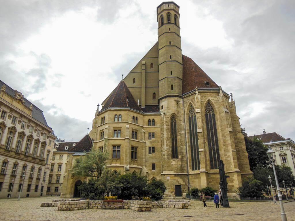 Iglesia de Maria de las Nieves (Minoritenkirche).