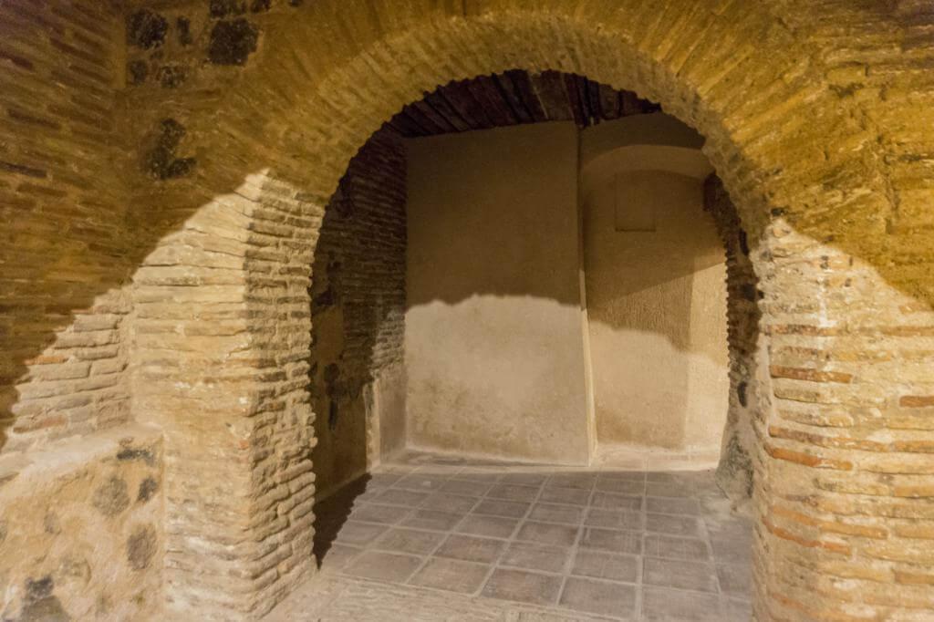 Ruta de los Subterráneos de Toledo.