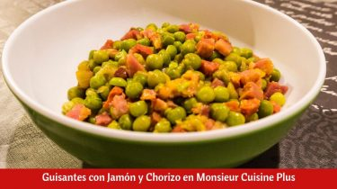 Guisantes con Jamón y Chorizo en Monsieur Cuisine Plus.