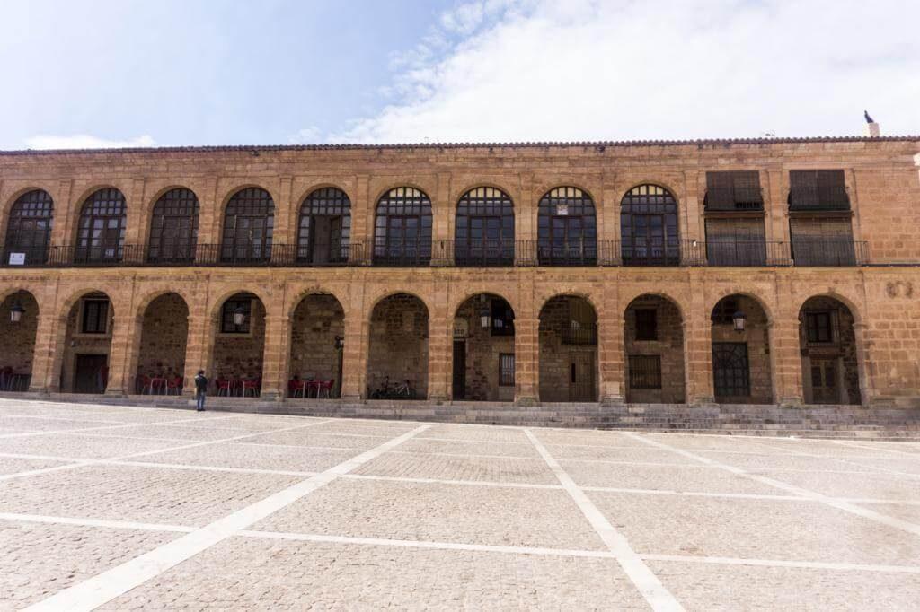 Lonja de la Regatería en Alcaraz.