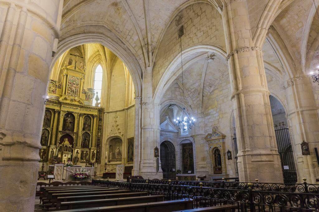 ¿Qué ver en Belmonte? Colegiata de San Bartolomé.