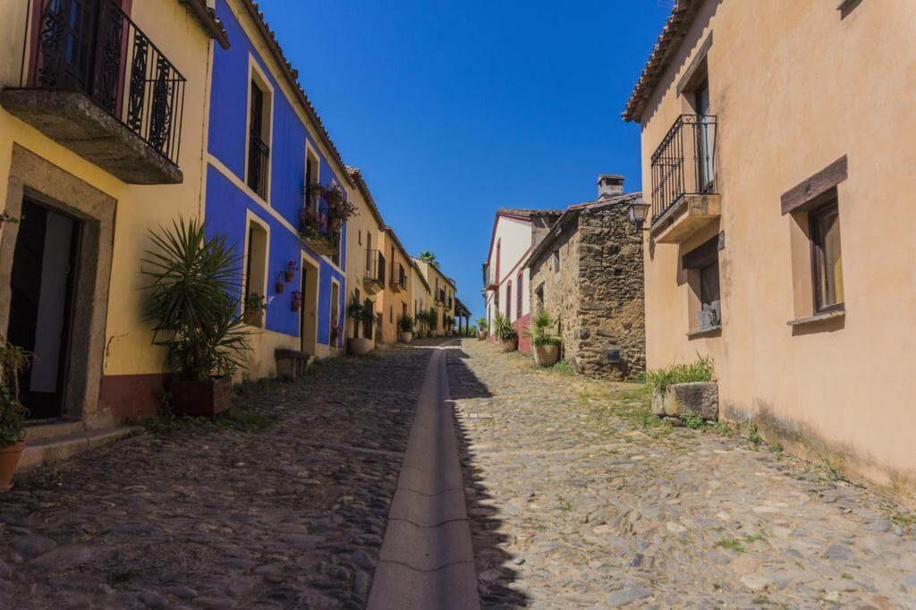 Calle principal de Granadilla.