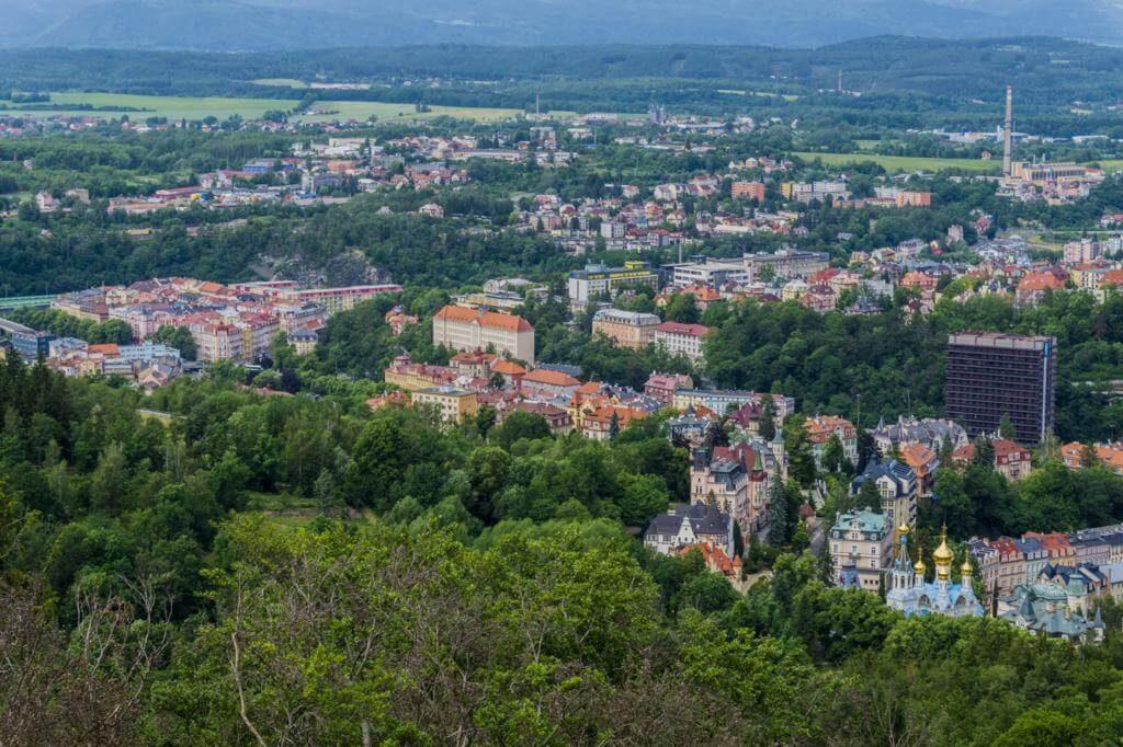 Karlovy Vary desde la Torre Diana.