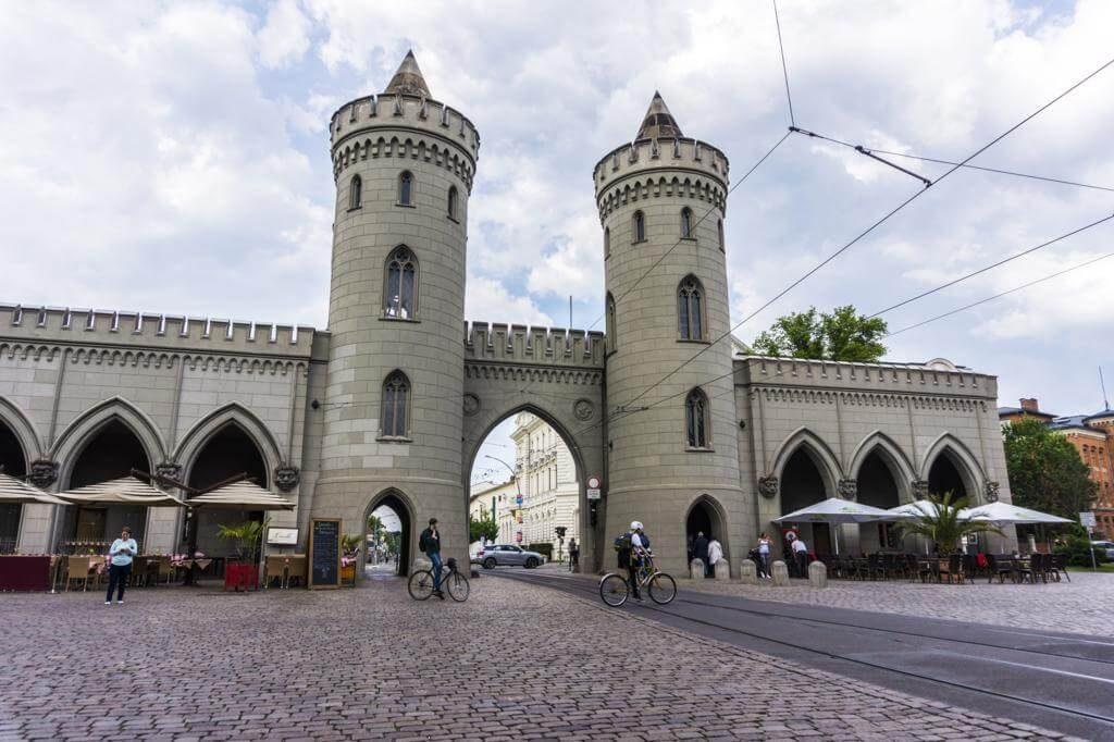 Puerta de Nauen.