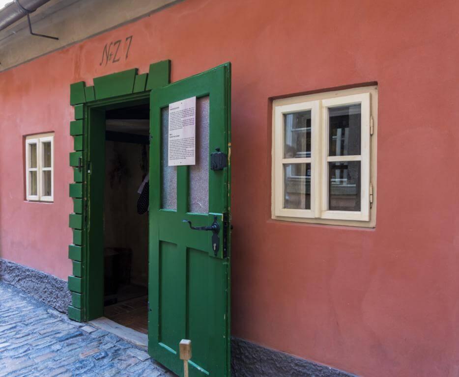 ¿Qué ver en Praga en dos días? Callejón del Oro.
