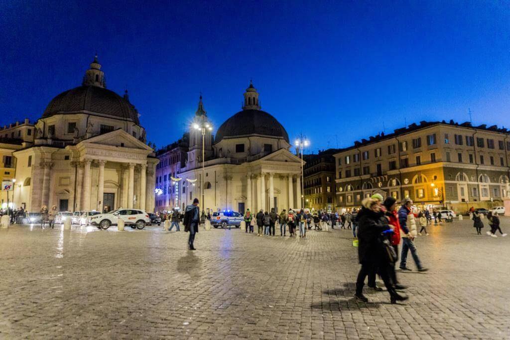 Piazza Popolo.