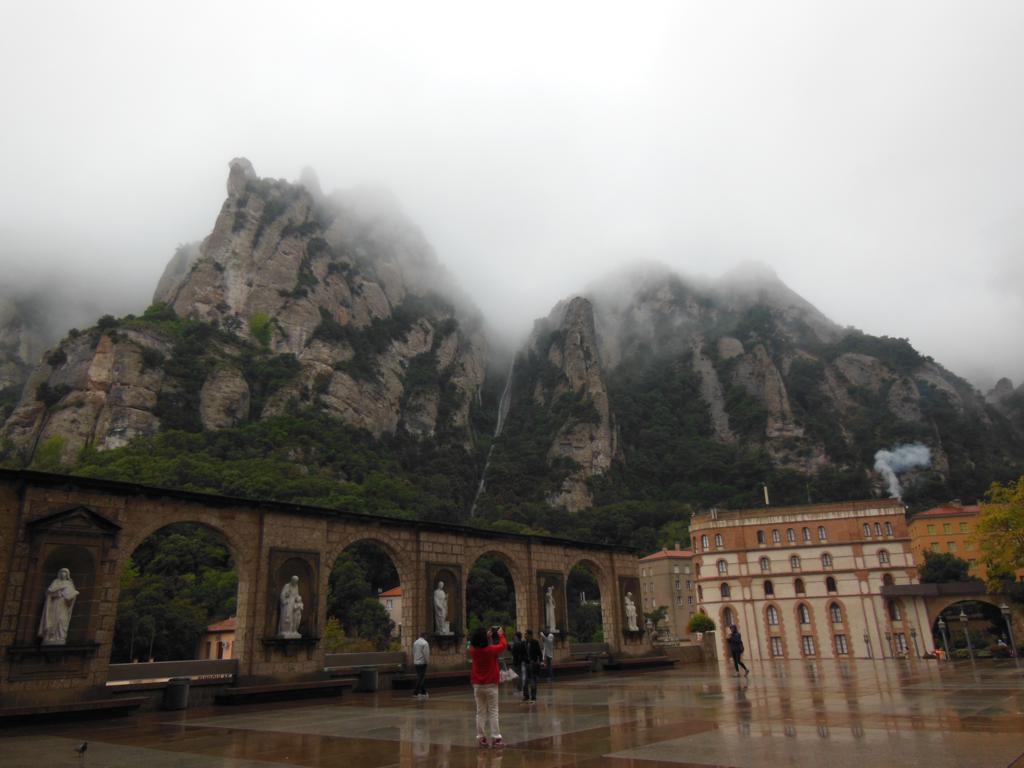 Plaza de la Abadía de Montserrat